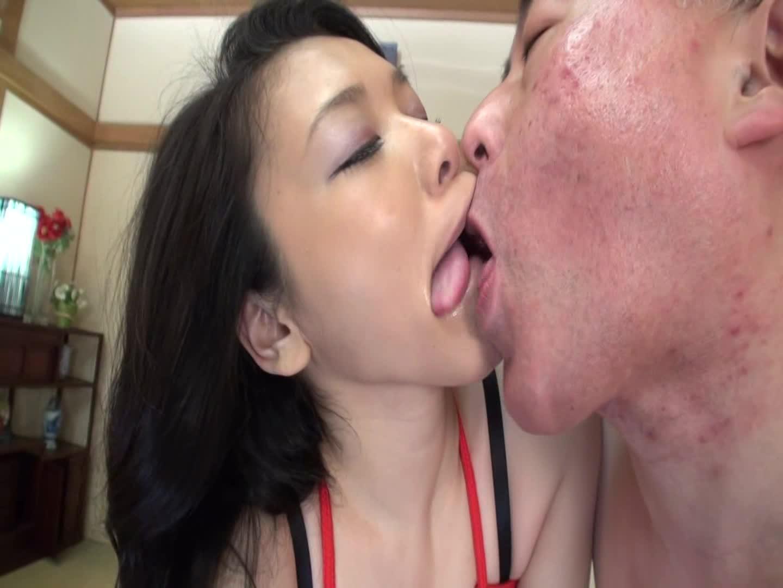 寝取られセックスで緊縛されながらクリトリスを集中刺激され男の肉便器として調教される…